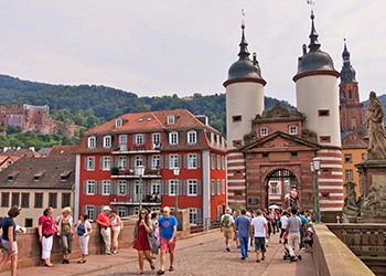 Kulturausflug am Neckar in Baden-Württemberg