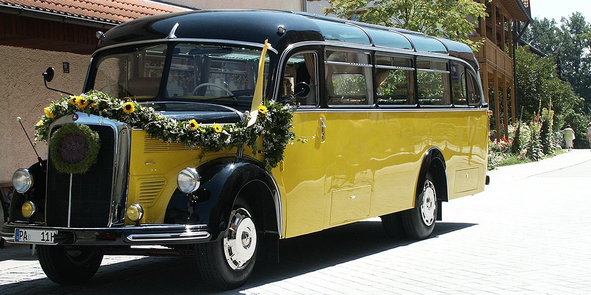 Passau Oldtimer Bus
