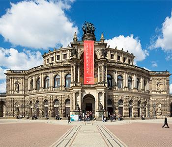 Die Oper von Dresden beim Auflug