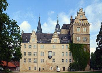 Wolfsburg ein Schloss mit Bus und Hochzeit