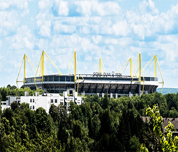 Arena in Dortmund mit Bus