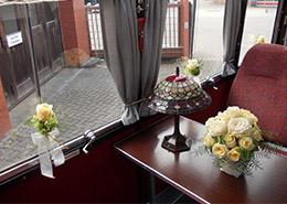 Fensterschmuck-mit-Rosen